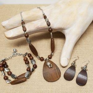 Brighton 3 PC. Set Necklace/Earring/Bracelet Used!